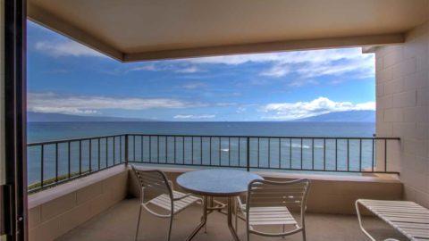 1 Bedroom Corner Oceanfront #401