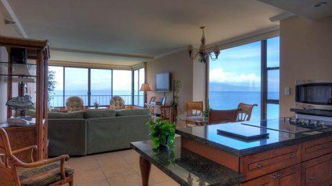1 Bedroom Corner Oceanfront #808