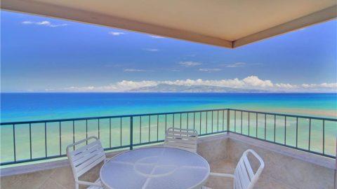 1 Bedroom Corner Oceanfront #908