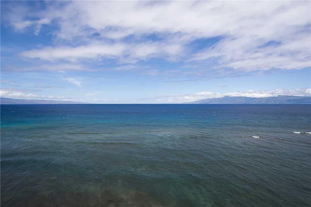View of Island of Lanai & Molikai